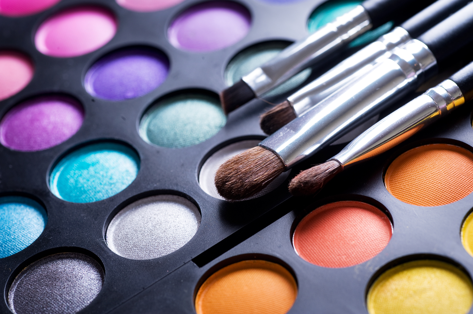 bigstock-Makeup-brushes-and-make-up-eye-12577175.jpg