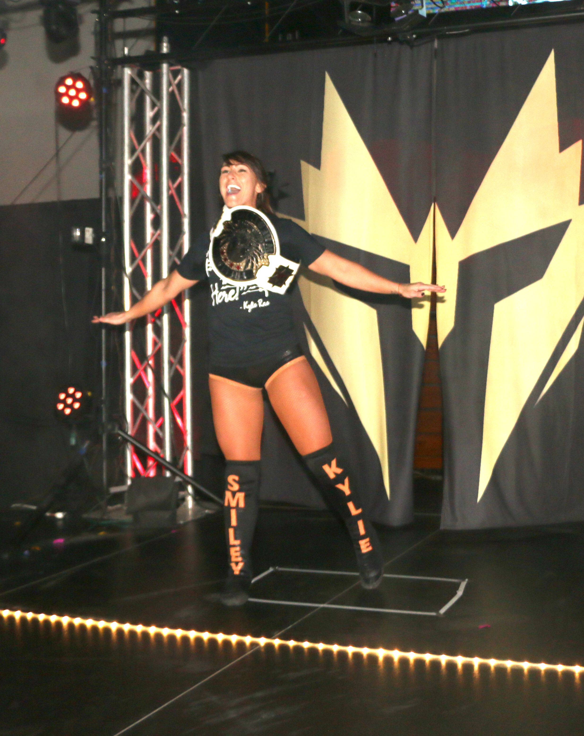 Freelance World Champion Kylie Rae makes her entrance.