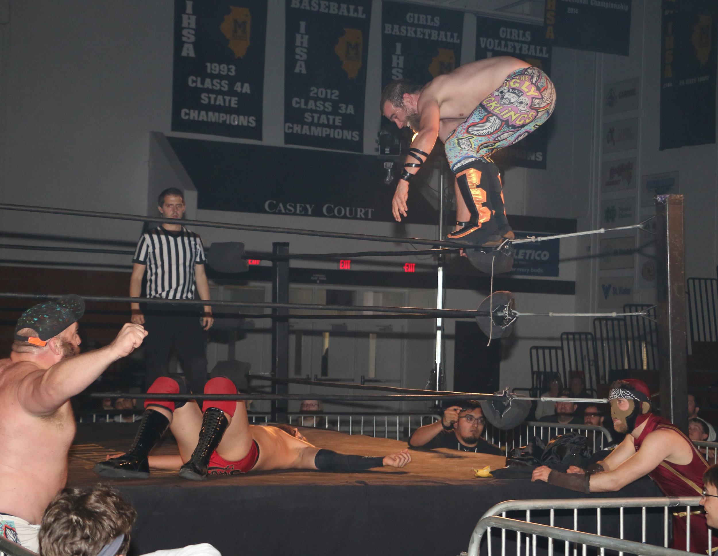 Rob Killjoy looks to pounce on Shane Sabre.