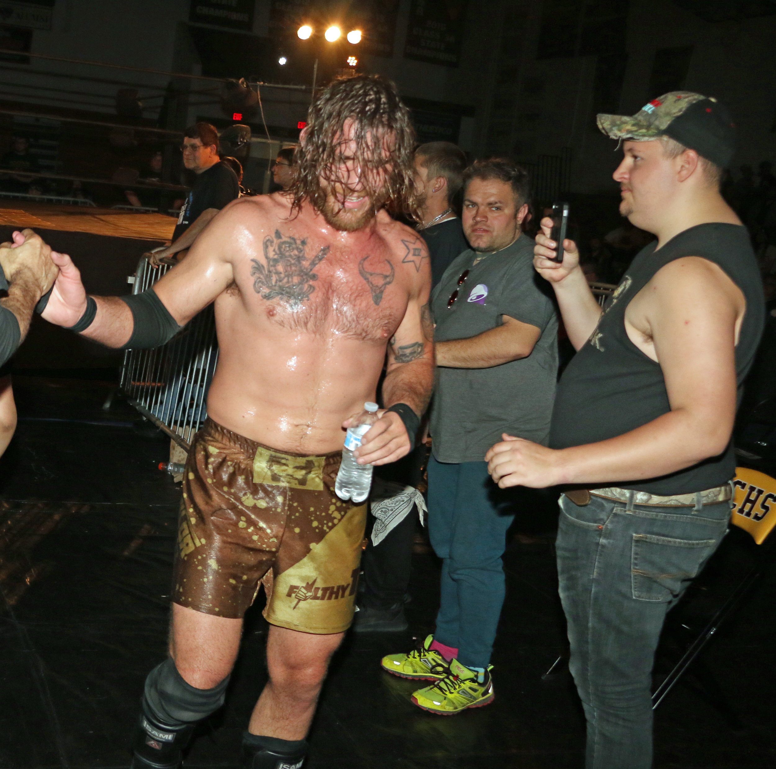 Tom Lawlor celebrates his hard-earned victory over Chris Ridgeway.