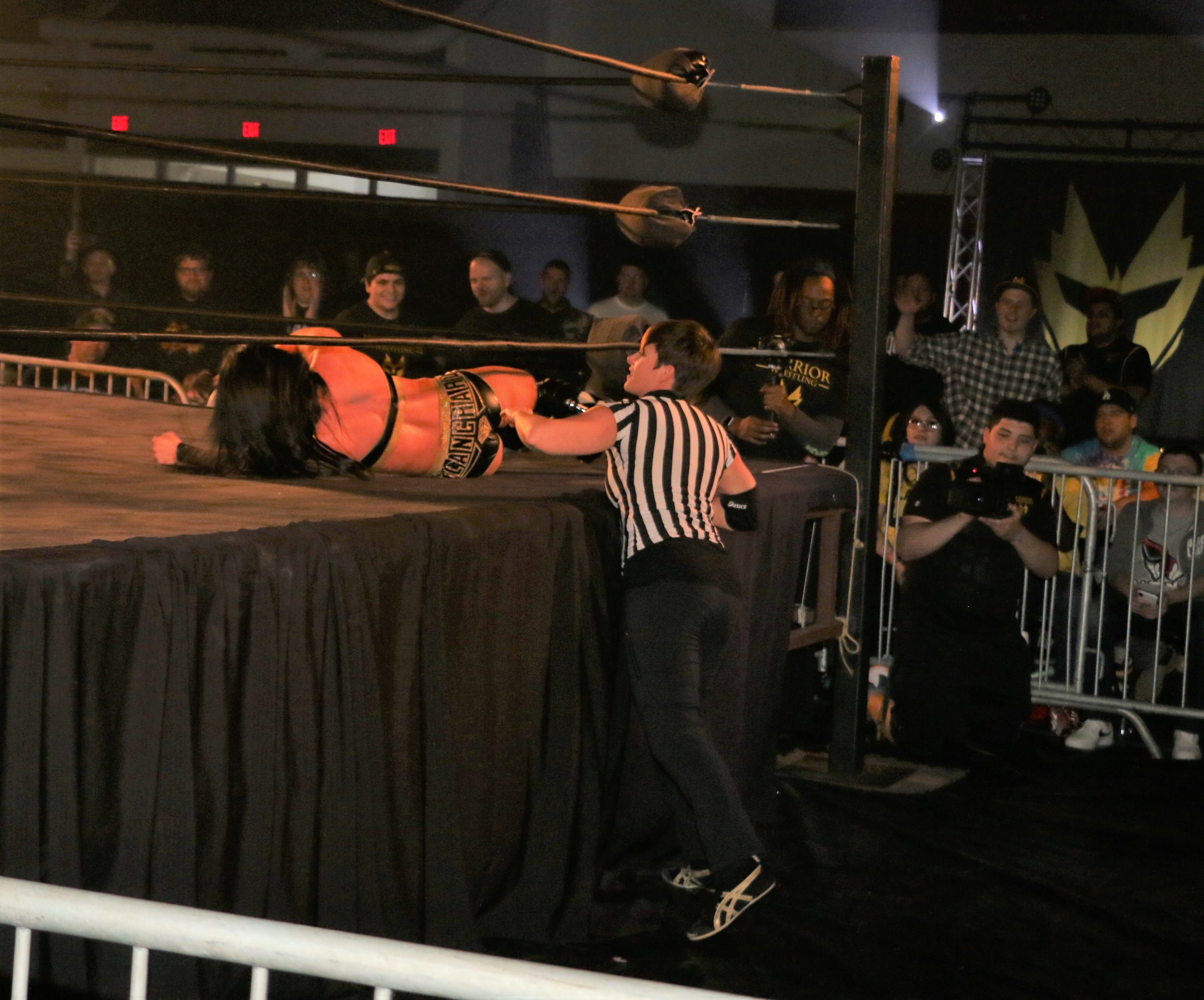 Special referee Molly Holly rolls Tessa Blanchard back into the ring.