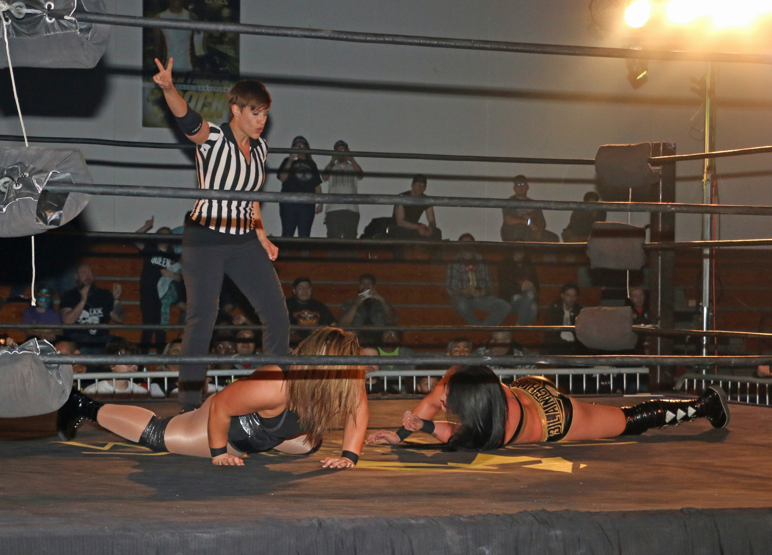 Referee Molly Holly makes the count as both Tessa Blanchard and Jordynne Grace are on the mat.