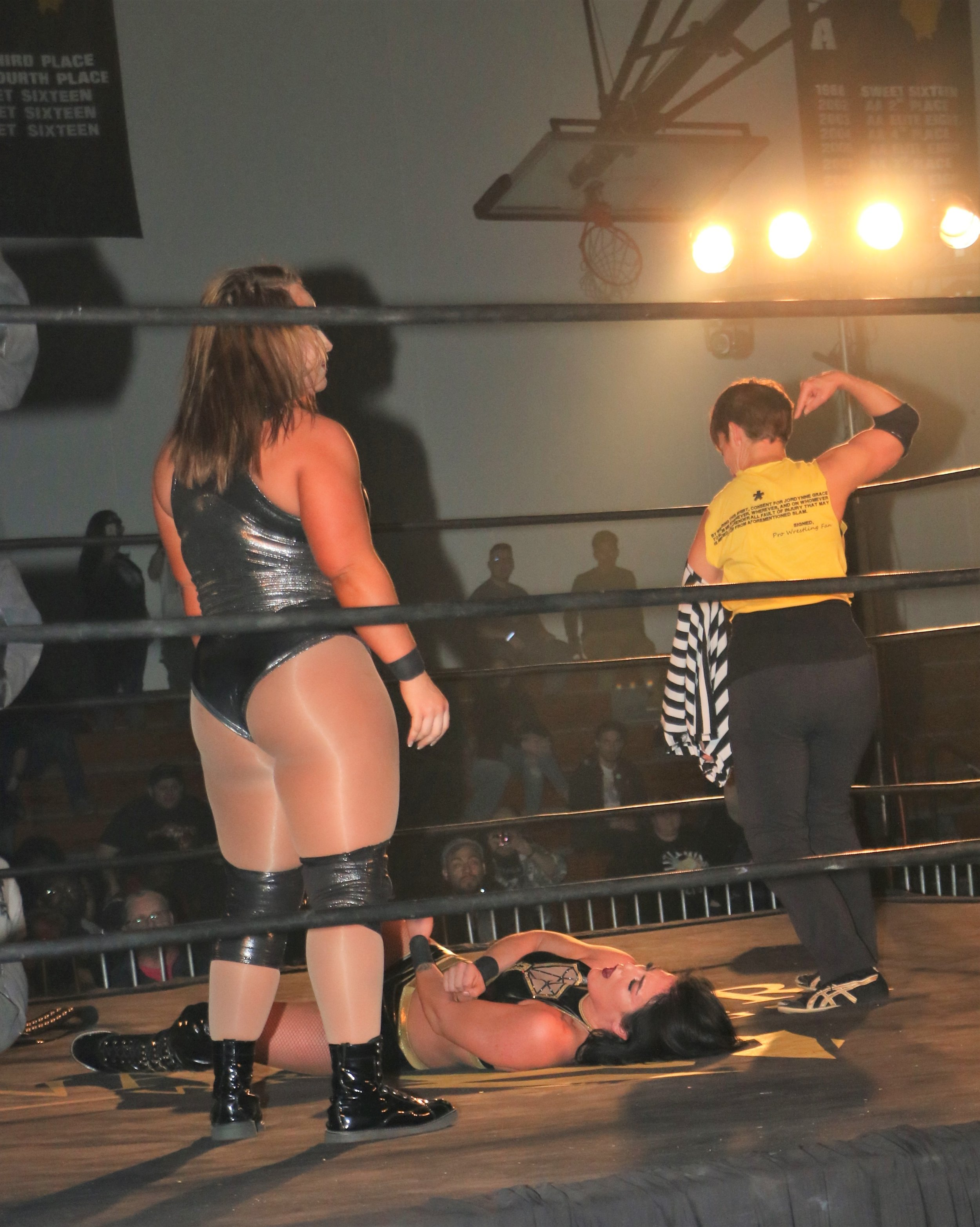 "After Jordynne Grace attacked Tessa Blanchard after the match, Molly Holly takes off her referee shirt to reveal Grace's ""Slam Me"" T-shirt."