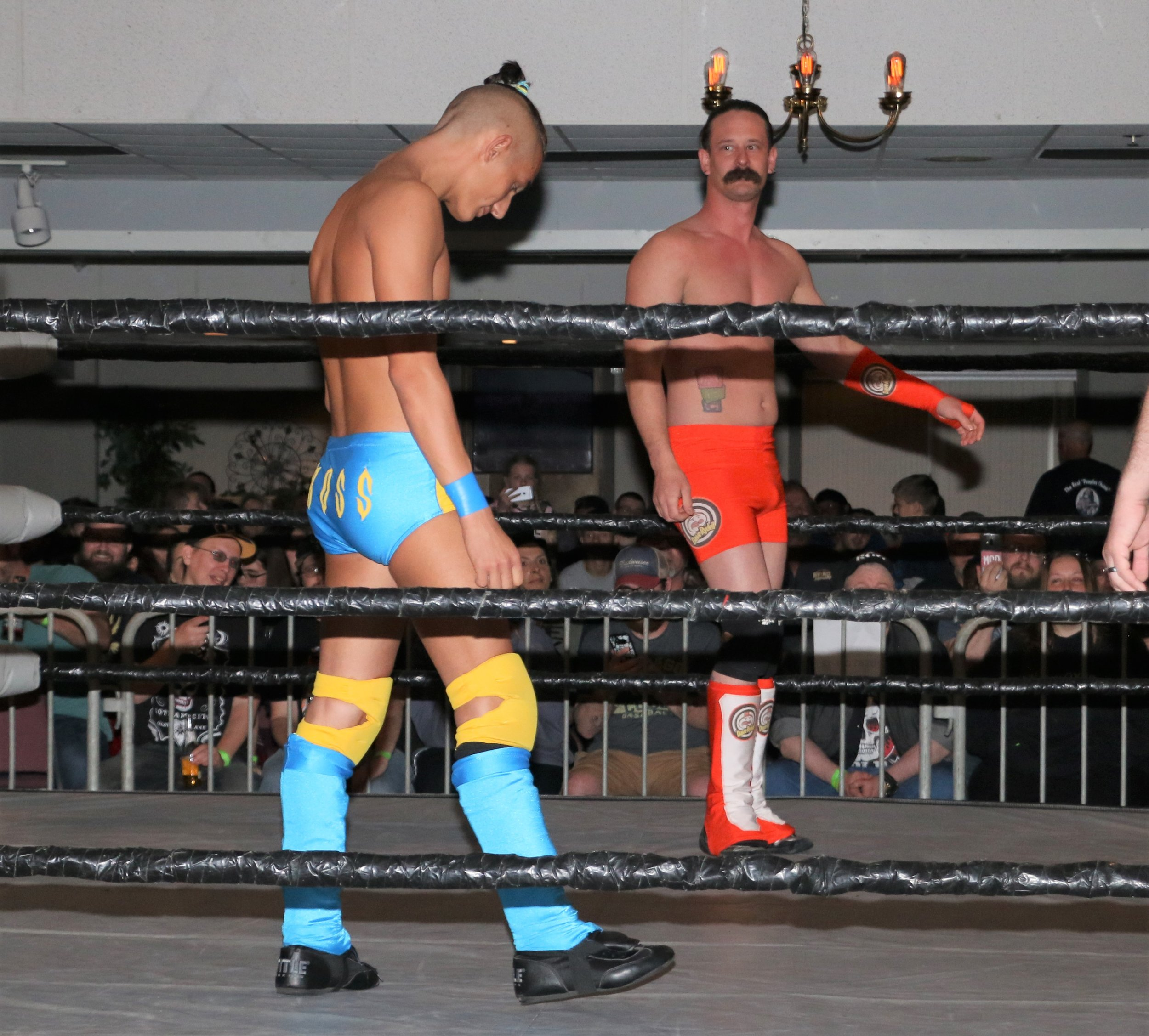 Jordan Kross gets ready to square off with Chicago's Dave Rydell during the six-man tag team match.