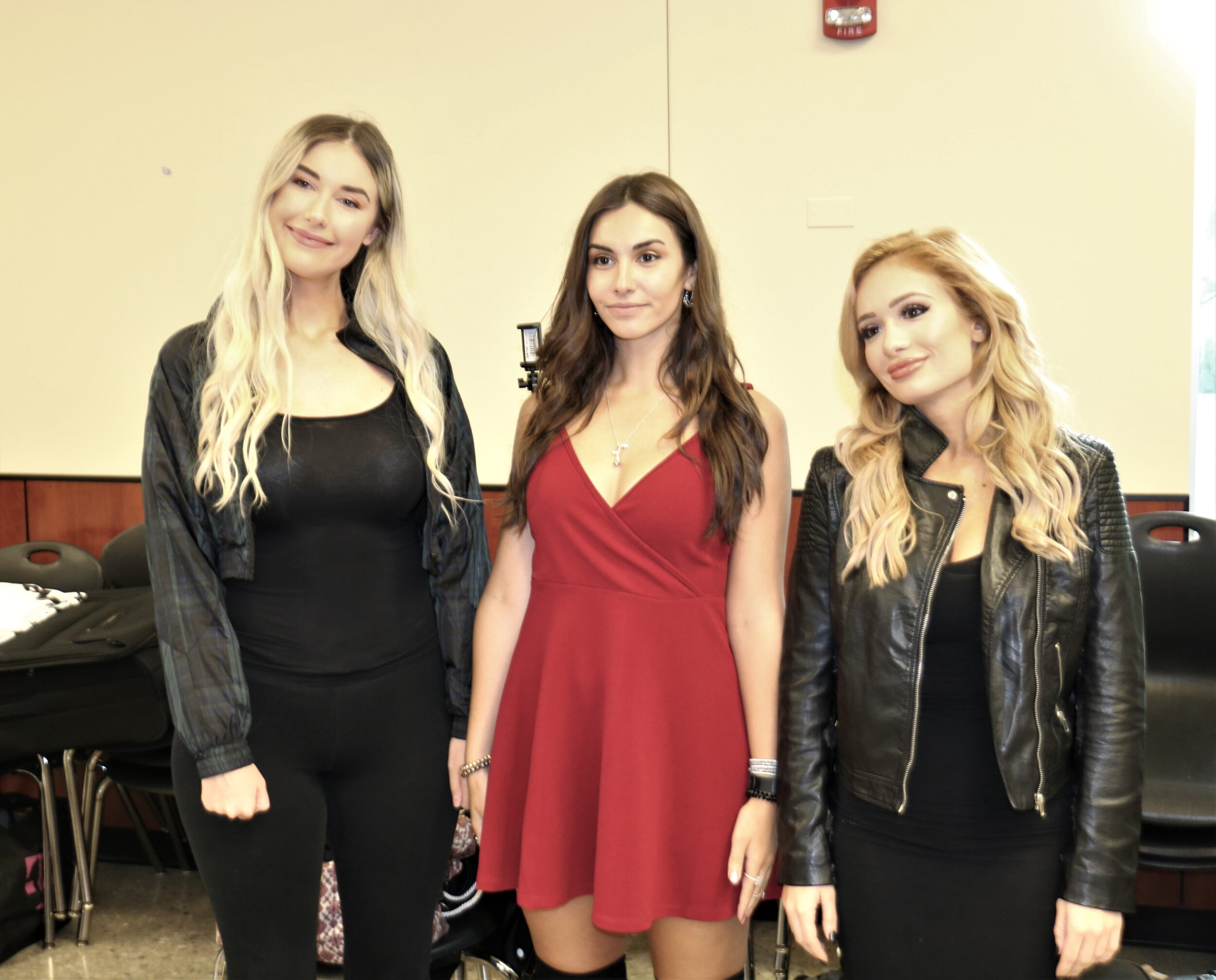 "Inspired by Ian Storck of ""3 Count Photo,"" Noelle Foley, from left, Alicia Atout and Chicago's Scarlett Bourdeaux pose for a picture at the Warrior Wrestling 6 VIP Fan Fest."