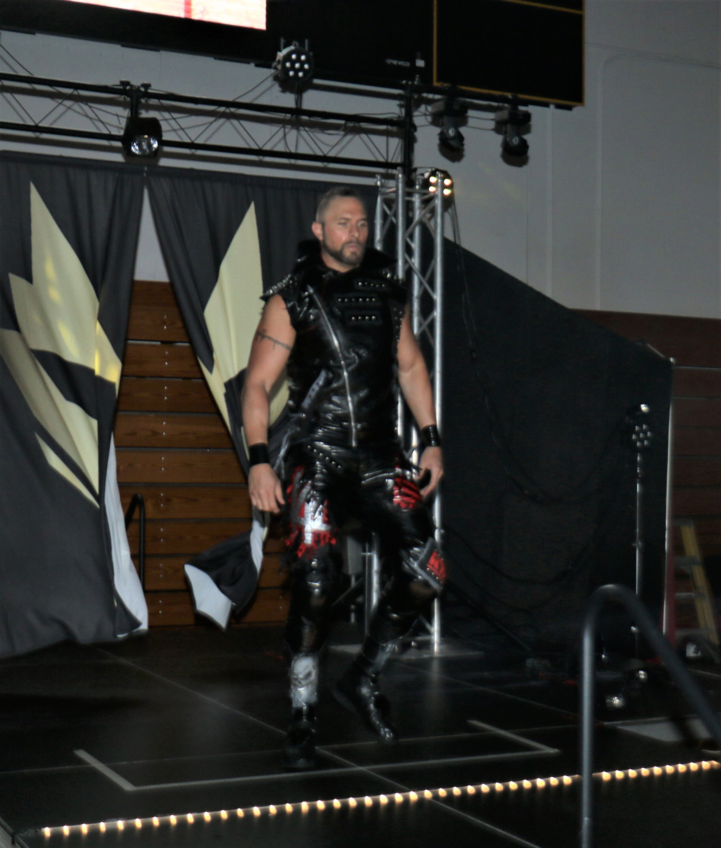 Lance Archer makes his entrance into the arena.