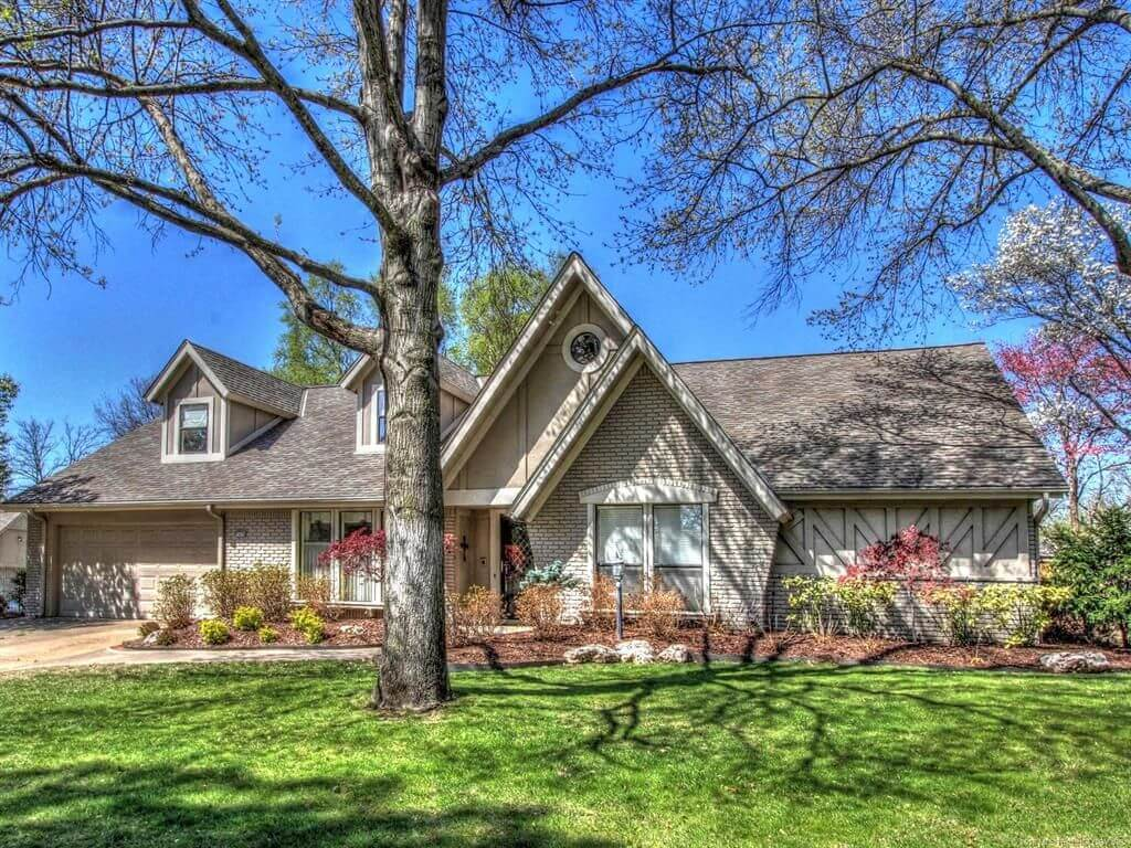 10438 S 67th East Ave, Tulsa, OK 74133 - SOLD FOR $380,000