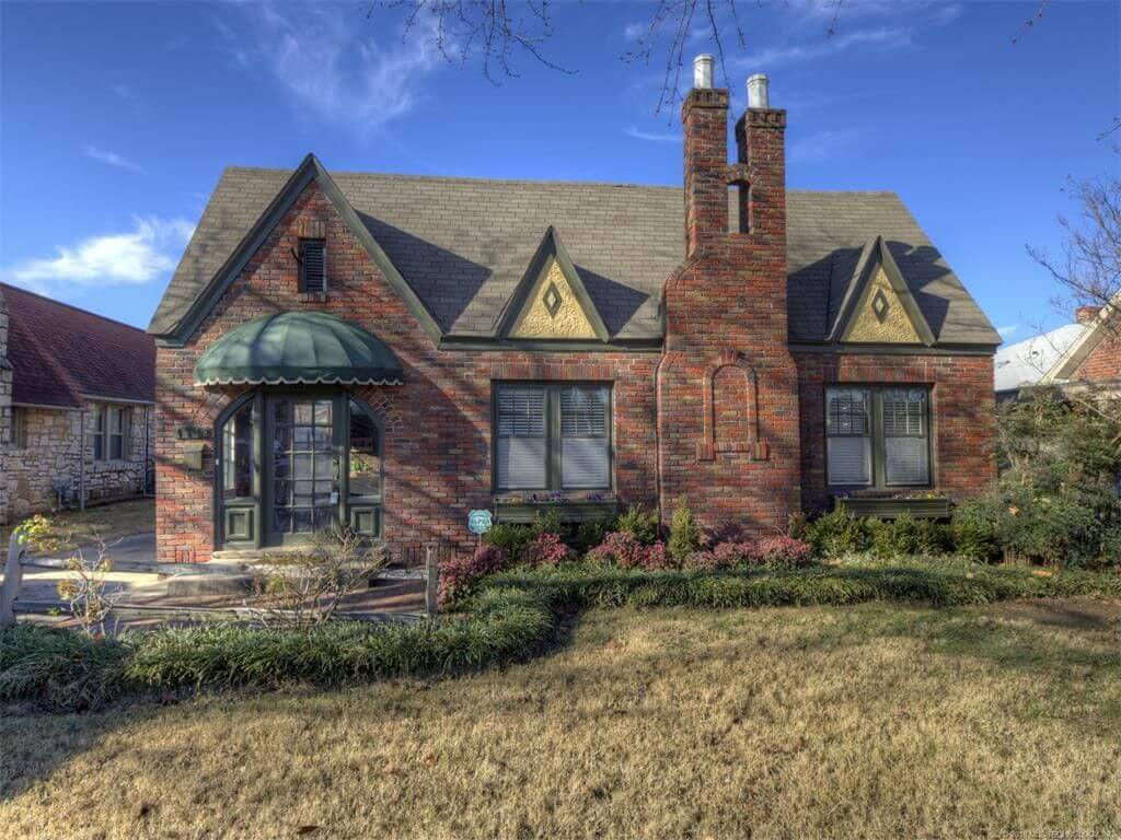 1512 S Gary Pl, Tulsa, OK 74104 - SOLD FOR $195,000