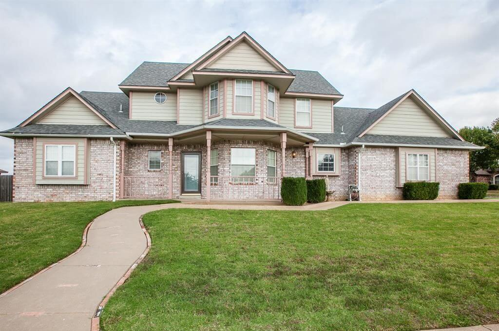 2011 W 27th St N, Tulsa, OK 74127 - SOLD FOR $205,000