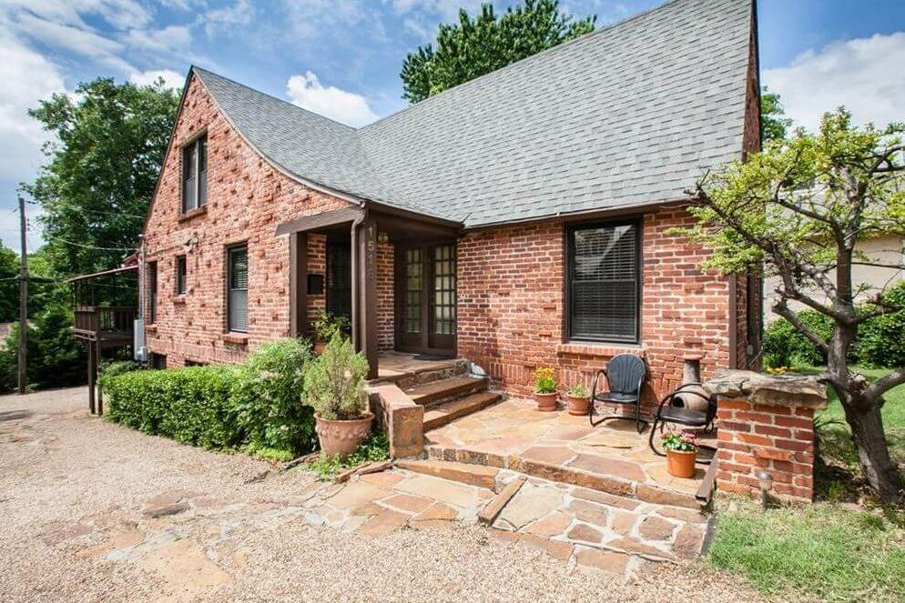 1518 S Elwood Ave, Tulsa, OK 74119 - SOLD FOR $262,000