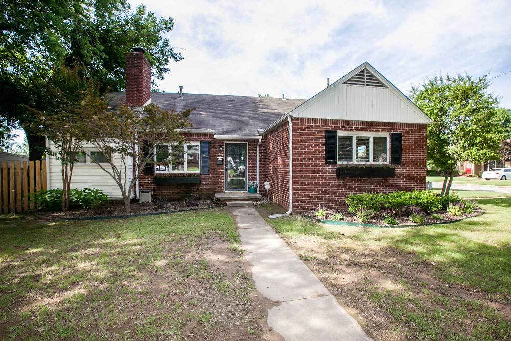 3504 E. 22nd Pl, Tulsa, OK 74114 - SOLD FOR $205,000