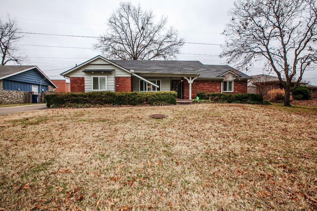 5720 E 36th St S, Tulsa, OK 74135 - SOLD FOR $179,000