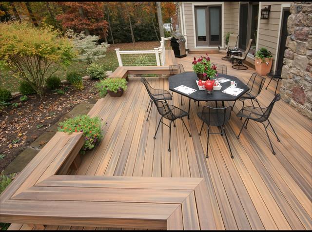 moderno-terraza-y-balcon.jpg