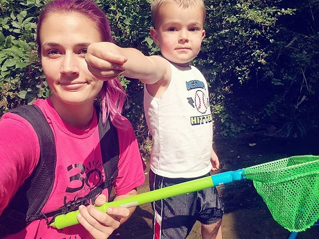 Your favorite bug catchers 🐛🐞🦋🌱👩👦😎🌼💚