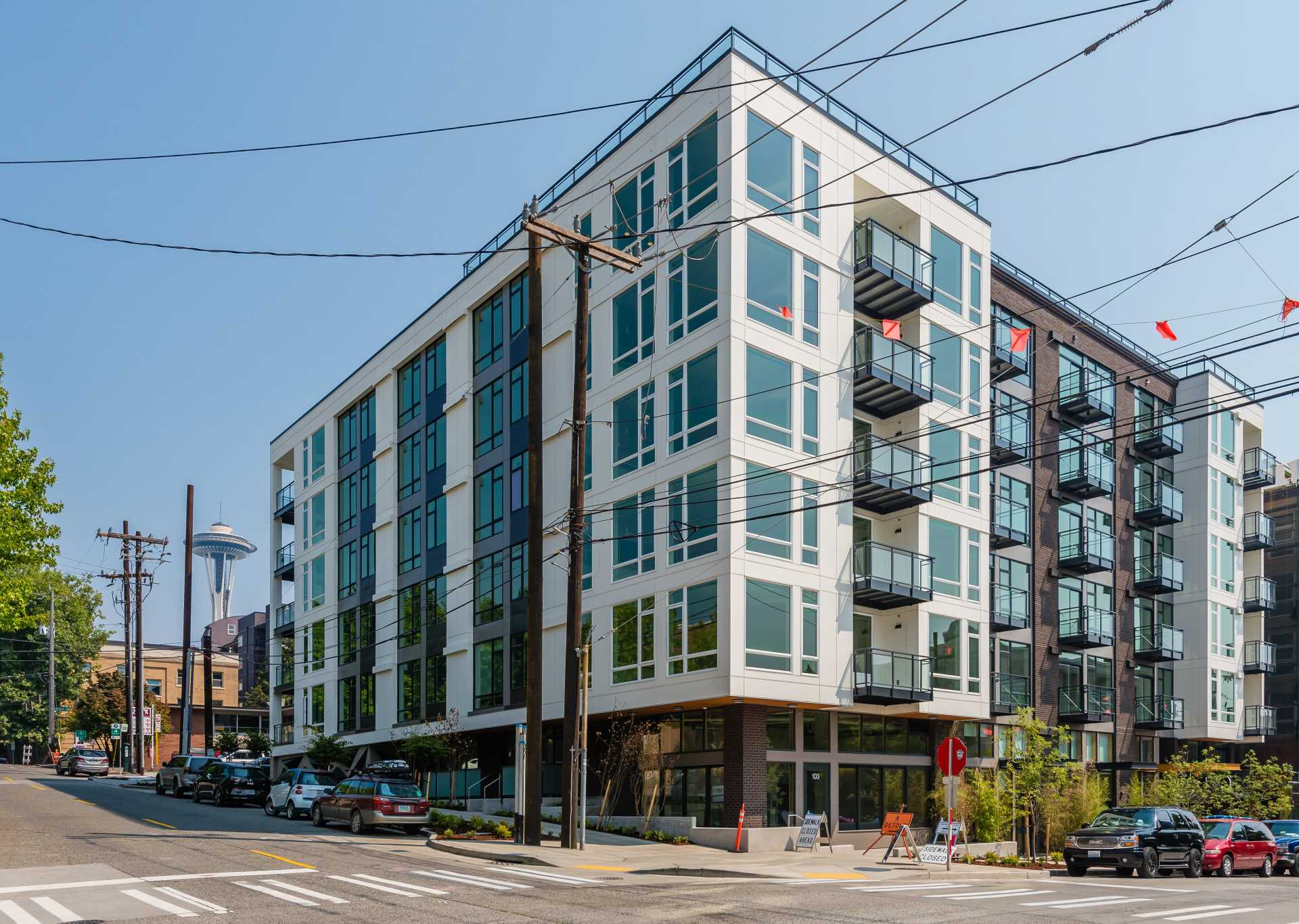 While continuing to provide corporate real-estate advisory services to some of the Pacific Northwest's prominent organizations, Teutsch Partners has developed a varied portfolio of favorably performing commercial real estate assets.