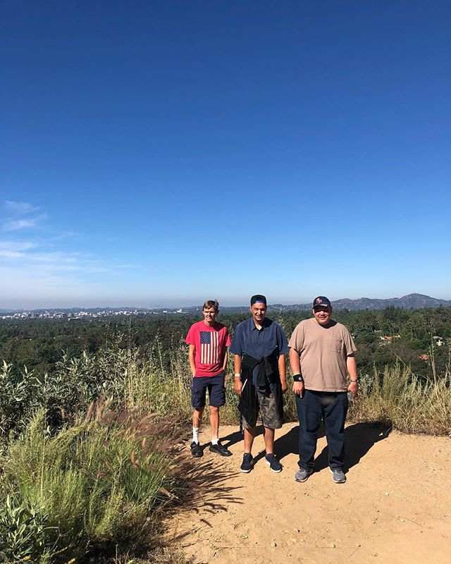 #hiking #pasadena #climbingmountains #saturdayhike #hikingprogram #clubASPIRE #friends