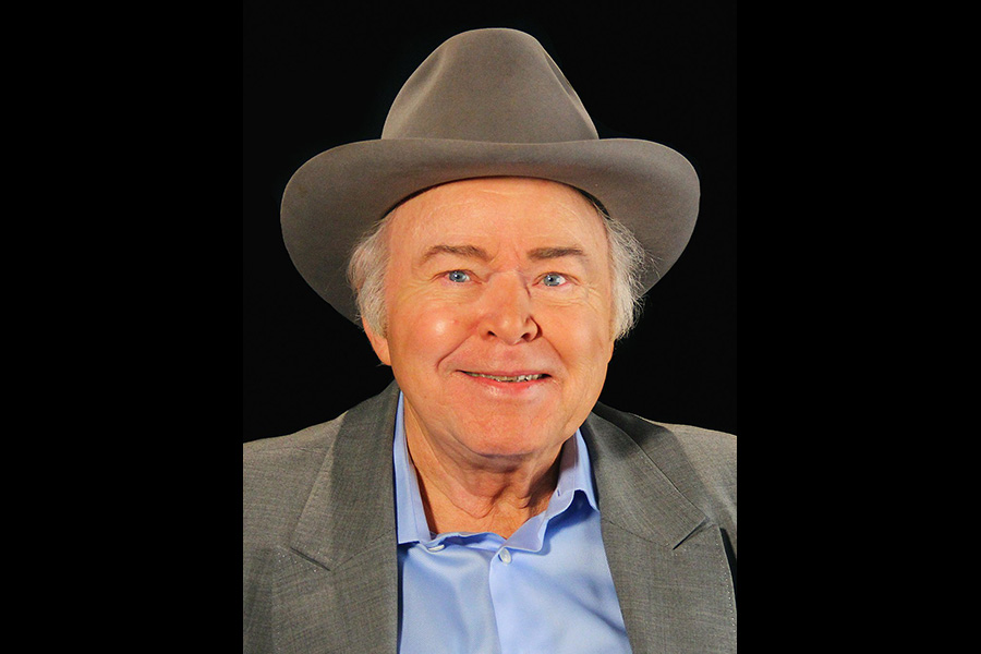 1024px-Roy_Clark_a_conversation_with_OETA_(cropped).jpg
