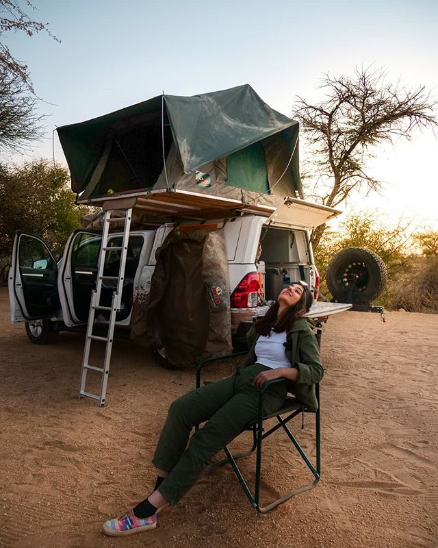 This picture is exactly my mood right now! Setting up a camp is exhausting. 😁😁 . . . Doing some pretty intense camping and driving in #Namibia guys! And the best part is that I'm working on a LOT of short videos as we speak to share the experience thoroughly. Today's day was so satisfying. I drove for 250 km and reached my first camp site. . . . 📷: Self Shot  @explore_wild_planets #TanyaInNamibia #WeDontDoNormal #😂 #girlswhotravel #womenwhotravel #girlvswild #girlvswilderness #womanvswild