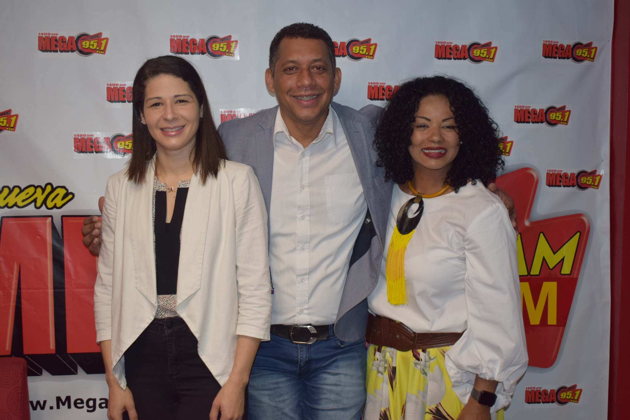 With Raquel Quezada and Monchy Roquez hosts of Cambiando el Mundo de Personas con Discapacidades Radio Show (LA MEGA, 95.1FM and 1400AM).