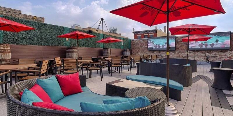 Whiskeyu-Business-Rooftop (1).jpg