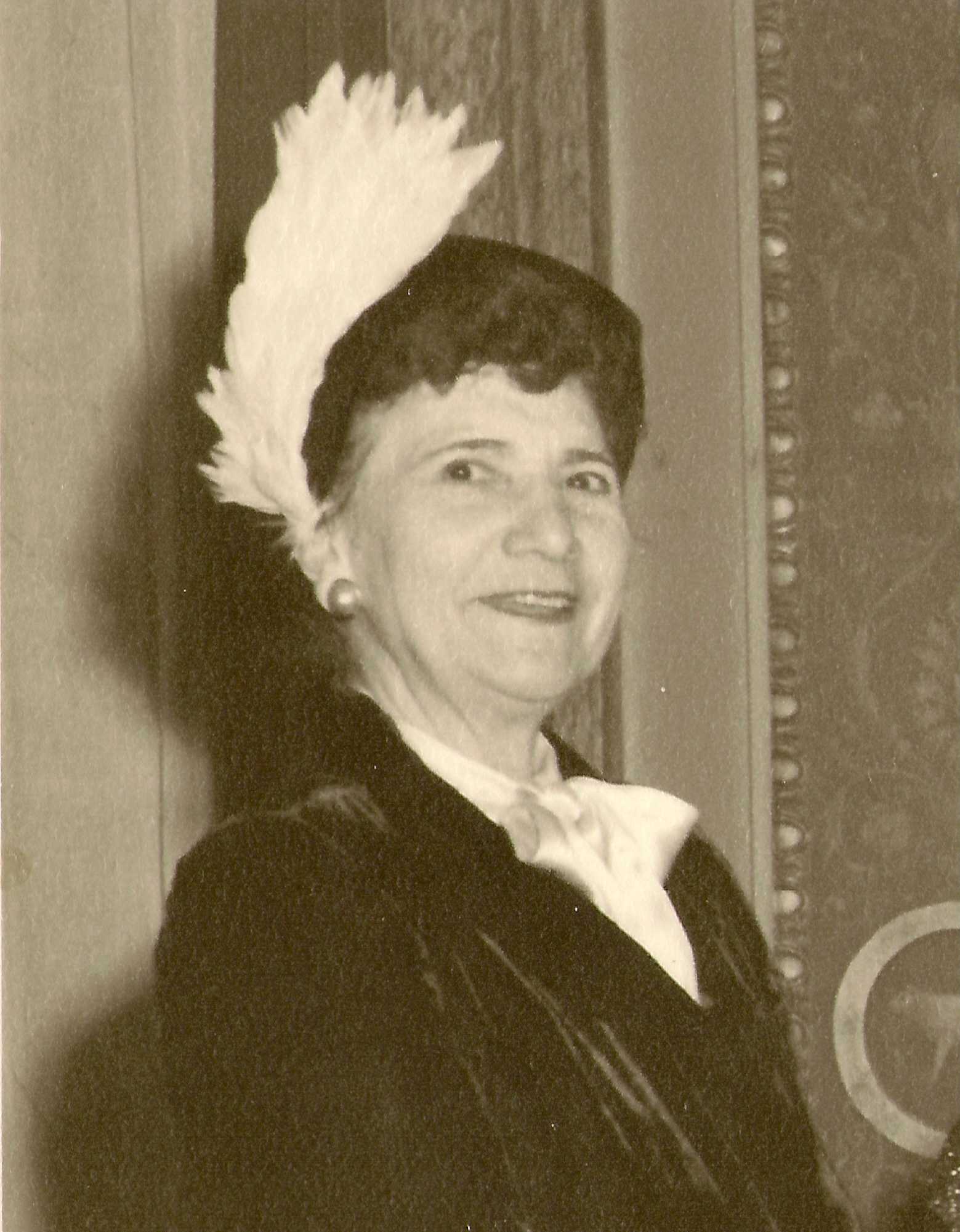 1940s Helen Petrianos.jpg