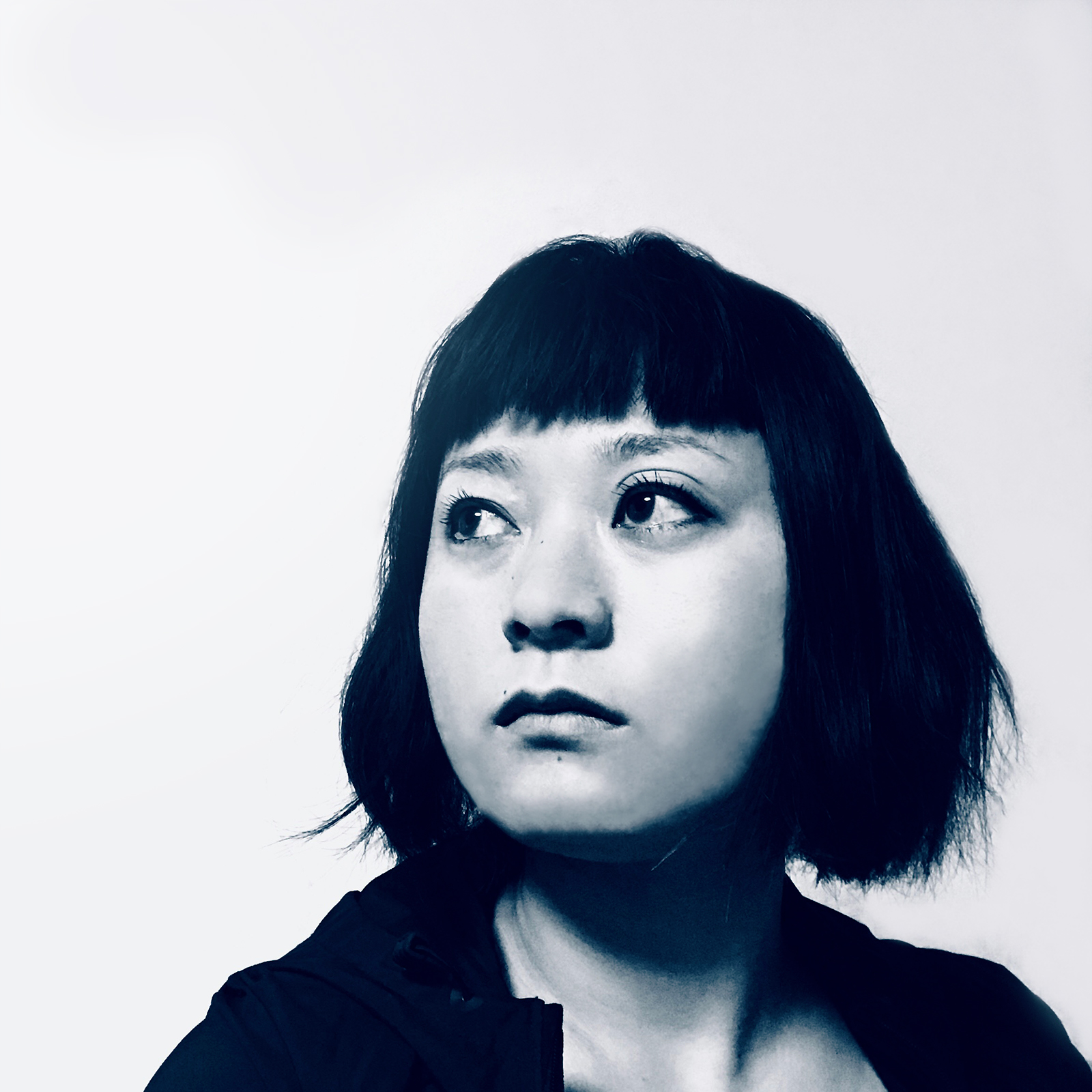 Hello there! - I am a graphic designer who was born and raised in Tokyo and am currently based in Brooklyn, NY. I am a positive, nice, and drama-free human being who can find the most joy in good cup of coffee, well crafted cocktail, wholesome food and furry friends. I also love podcasts and am always open to find out what people are listening to these days.
