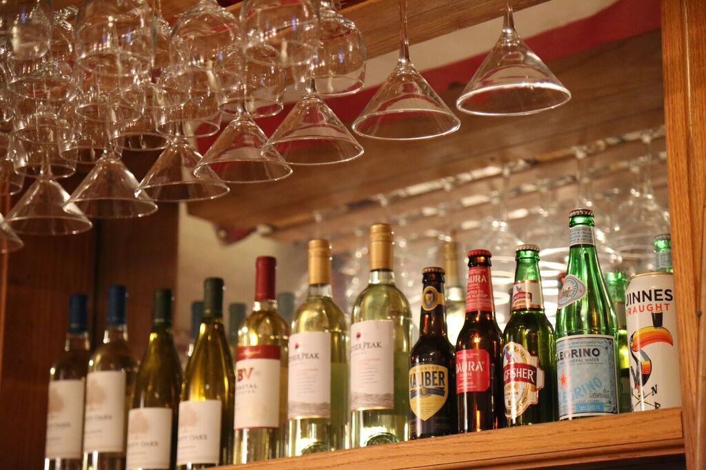 drinks/happy hour -