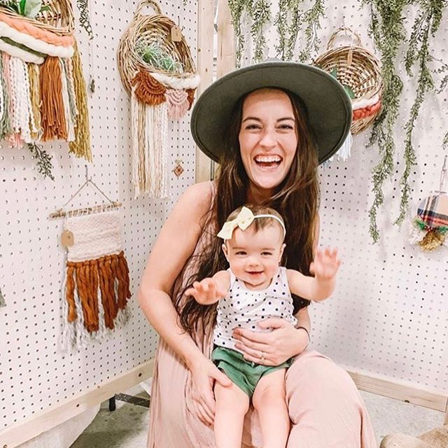👶🏻 Baby @woven__together wearing this sweet headband from @vylaandco 🎀 shopping @scoutsmarketplacetn 💕