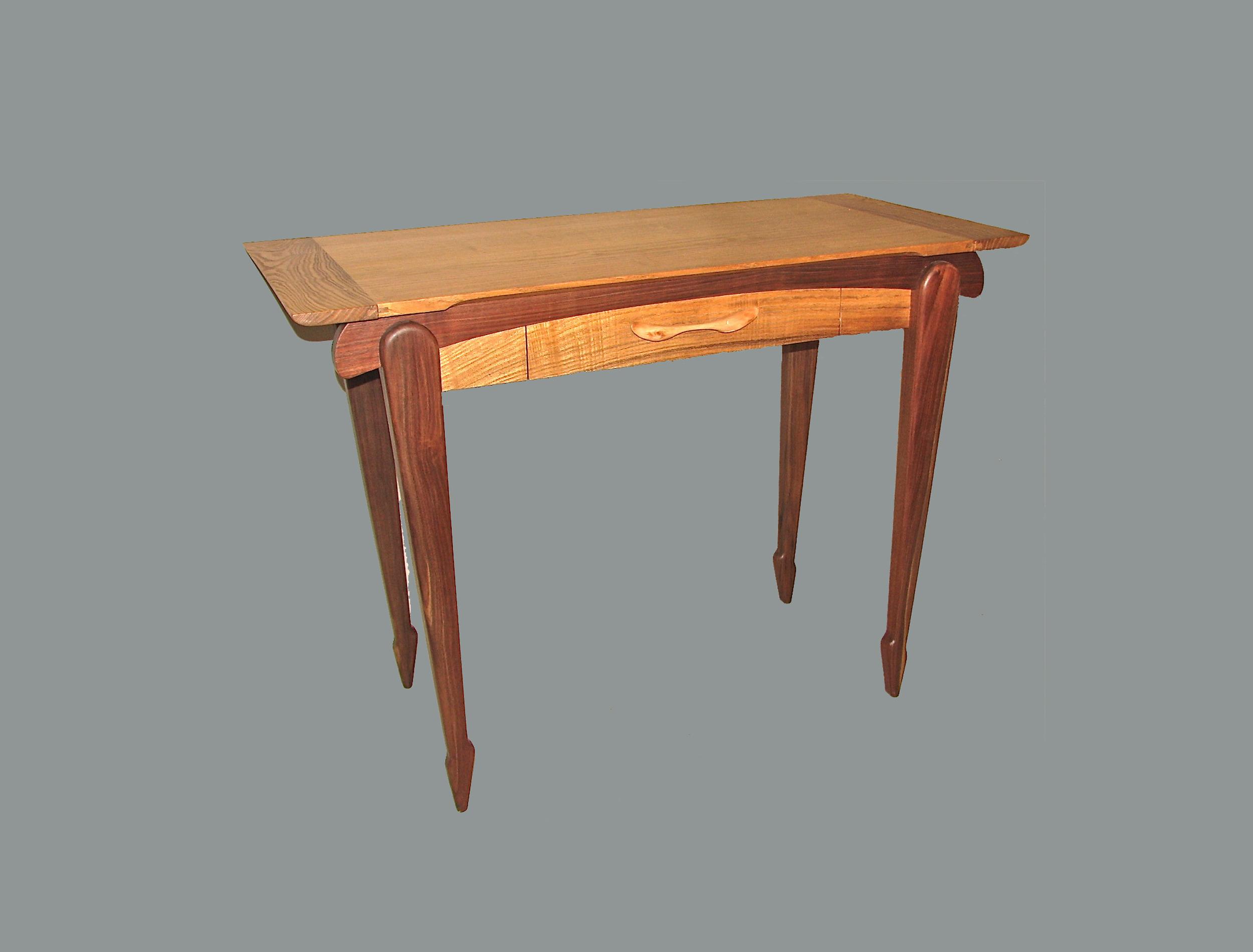 Ballerina Table