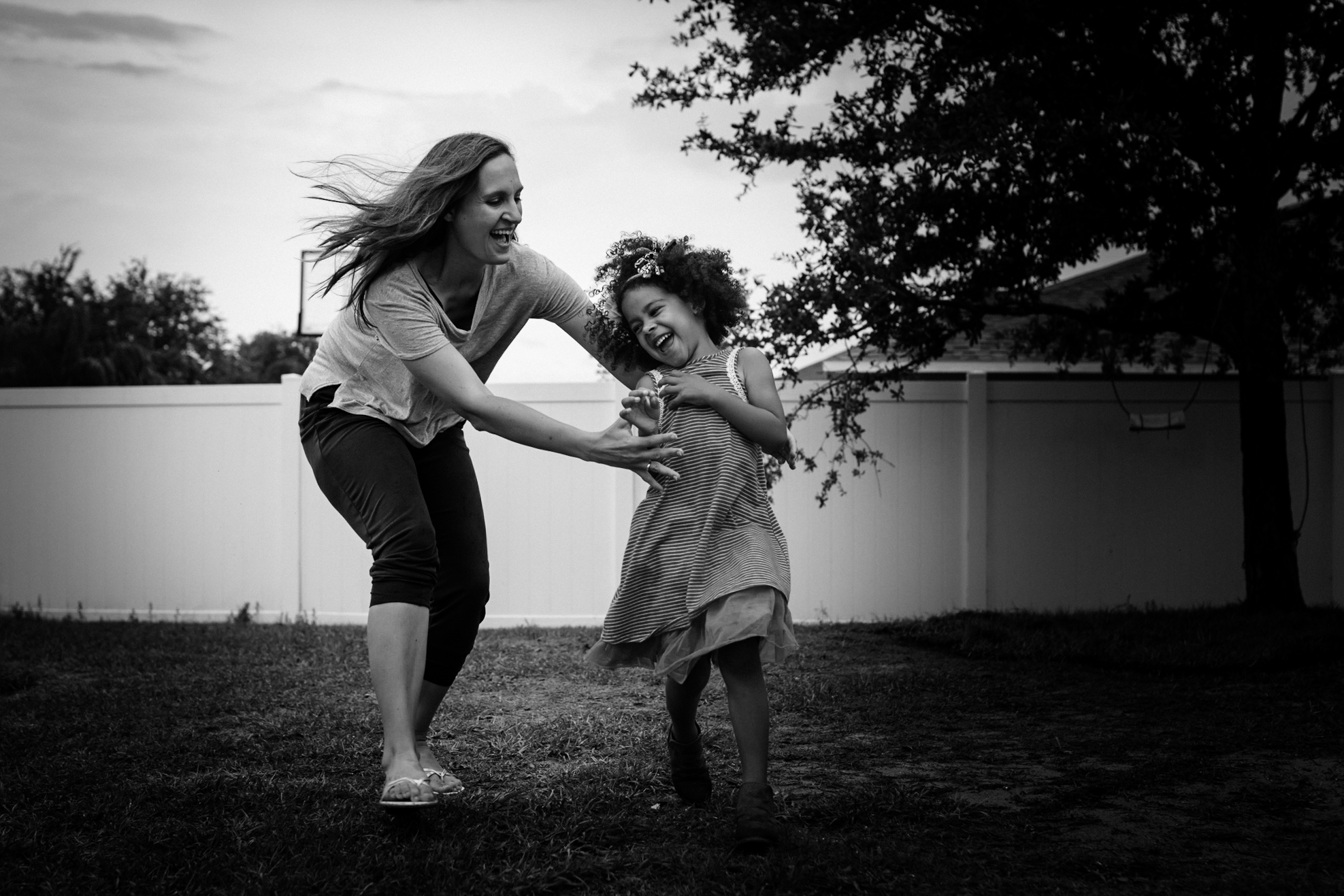 Mom chases daughter outside in Clermont, Florida.