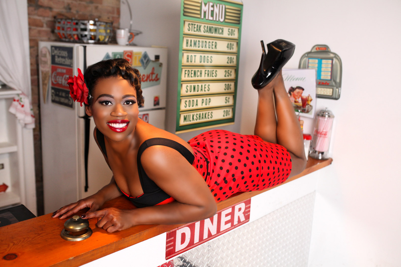 Chicago-Pinup-Photographer-Diner