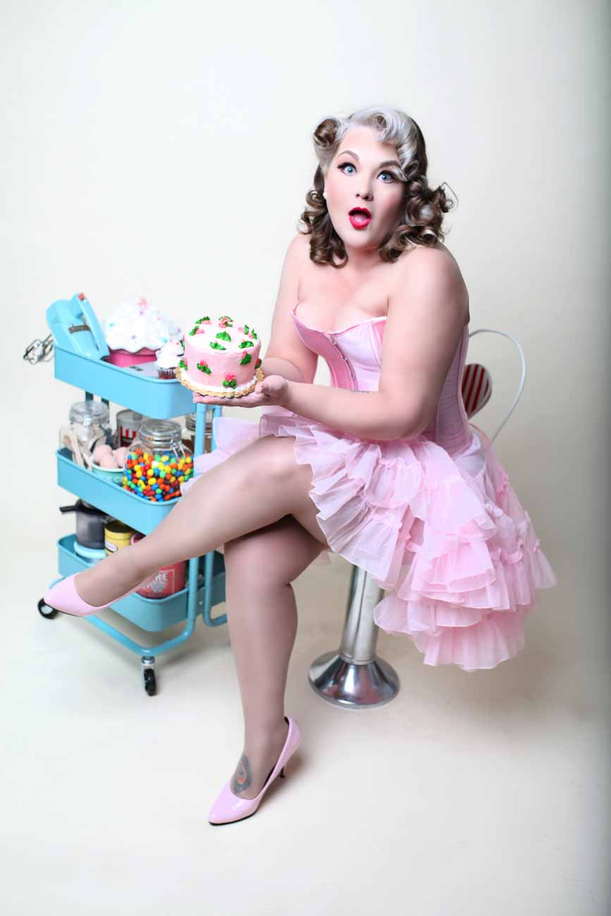 Chicago-Pinup-Boudoir-Photographer-The-Ultimate-Pinup-Experience-Testimonial-Cakes-and-Sweets