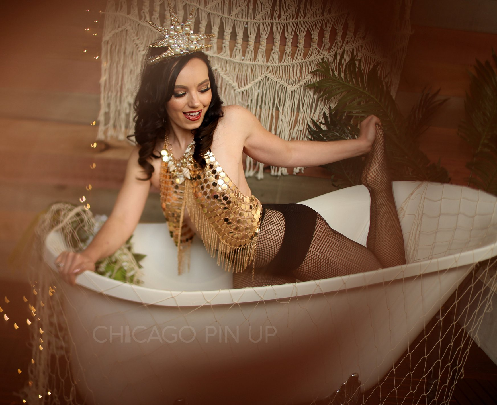 Stunning-Pinup-Session-with-Chicago-Pinup-Boudoir-Studios.jpg