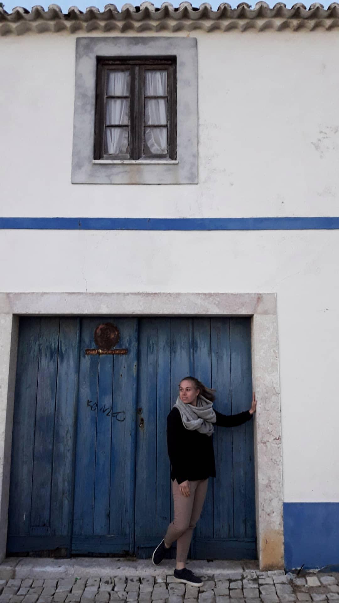 Tor-Wand-Mensch in Tür.jpg