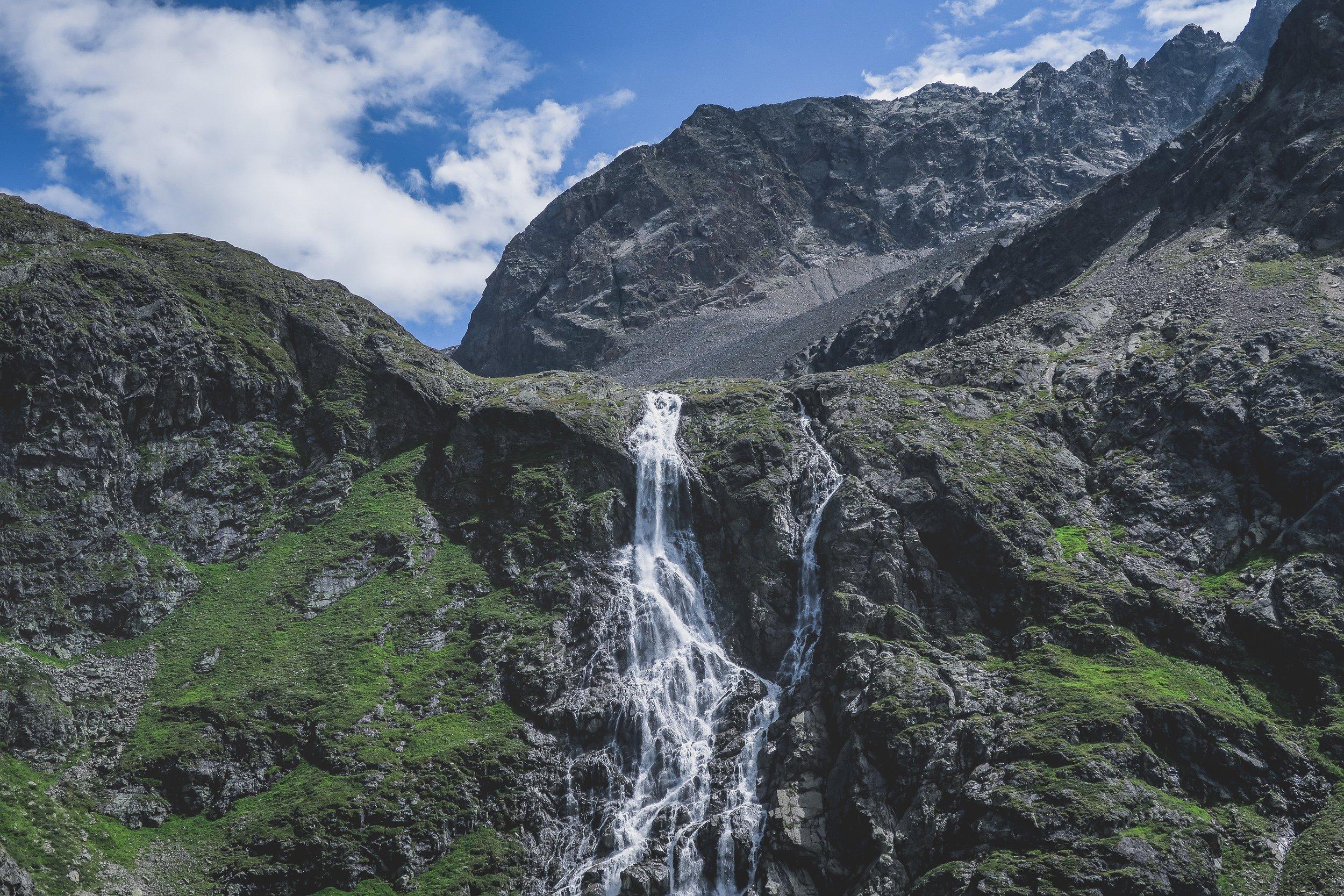 Wasserfall, Ötztal, Winnebachseehütte.jpg