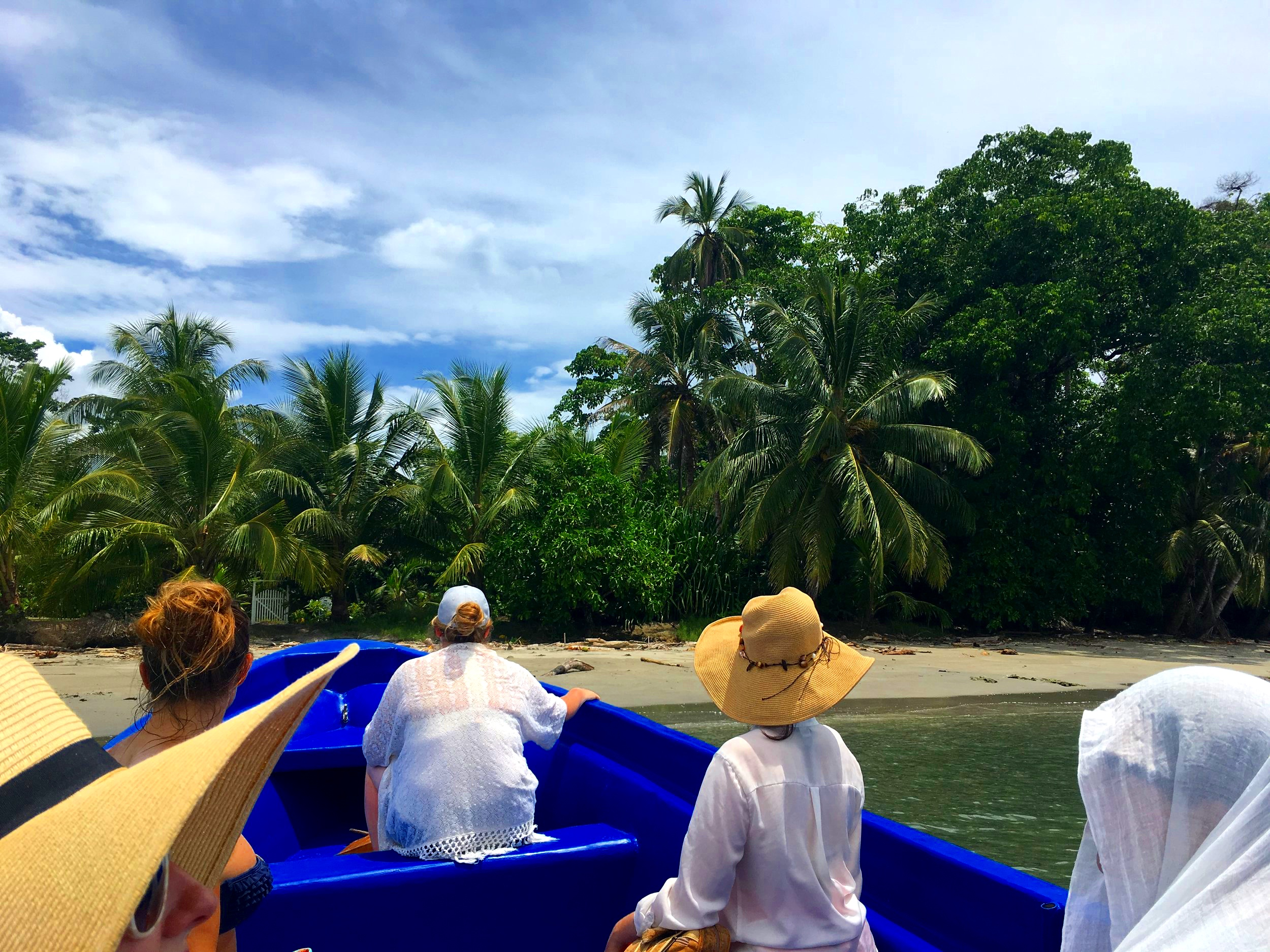ON OUR WAY TO DOLPHN WATCH, COSTA RICA