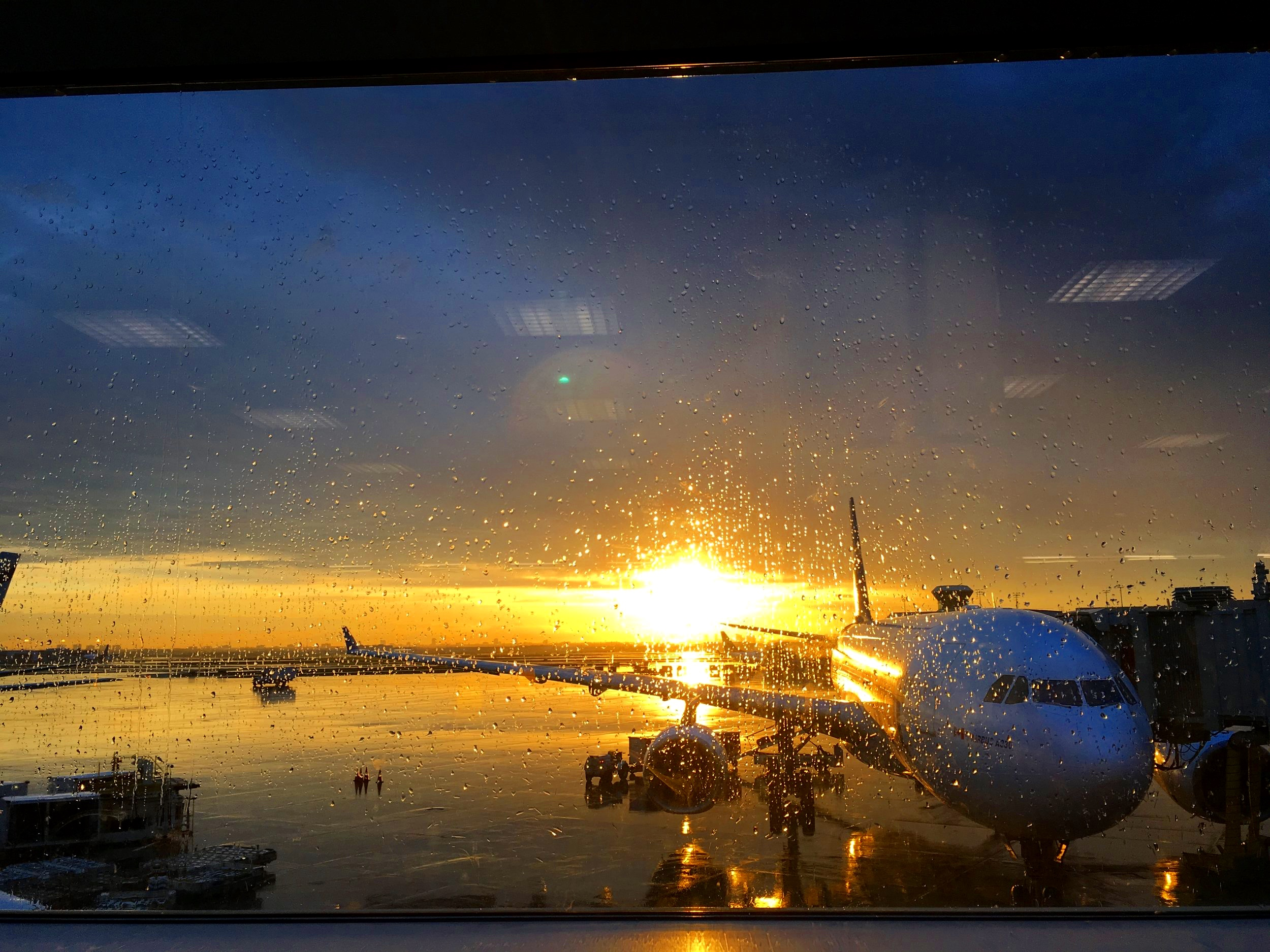 YYZ TORONTO AIRPORT