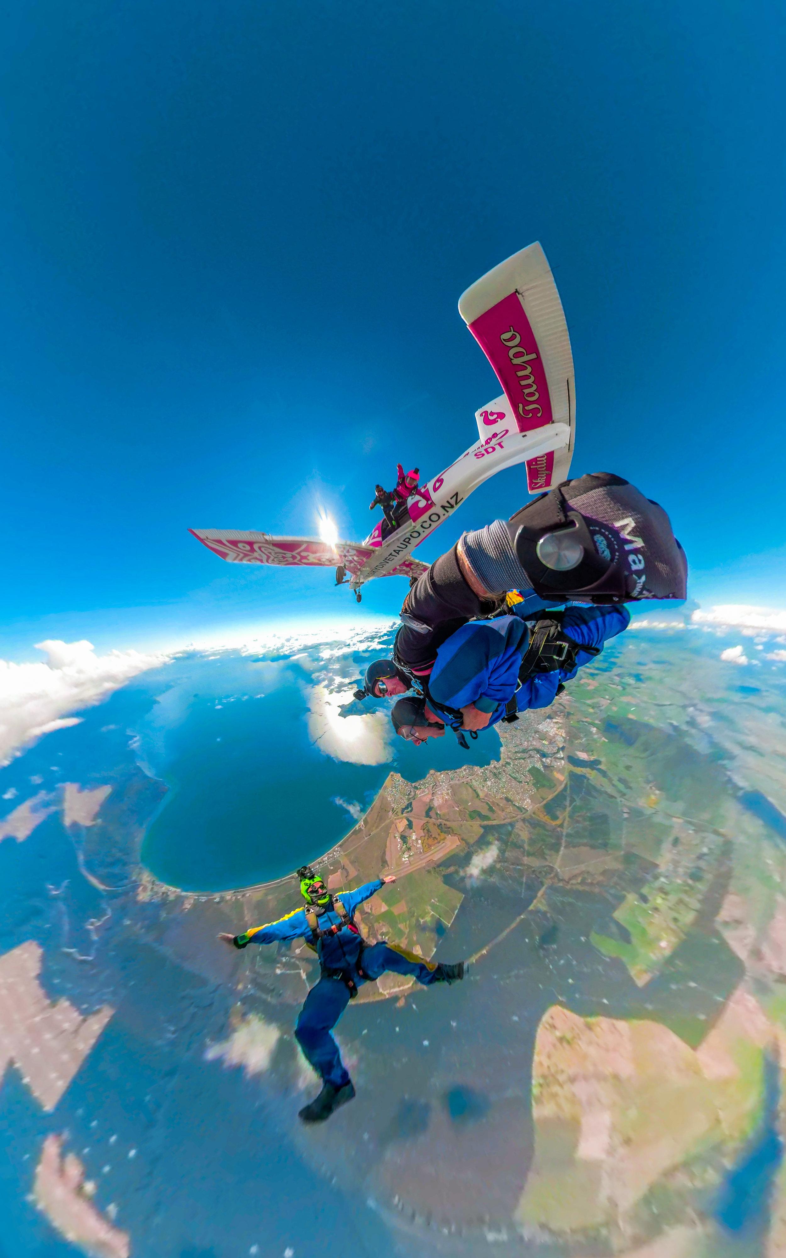 Skydive (2 of 3).JPG