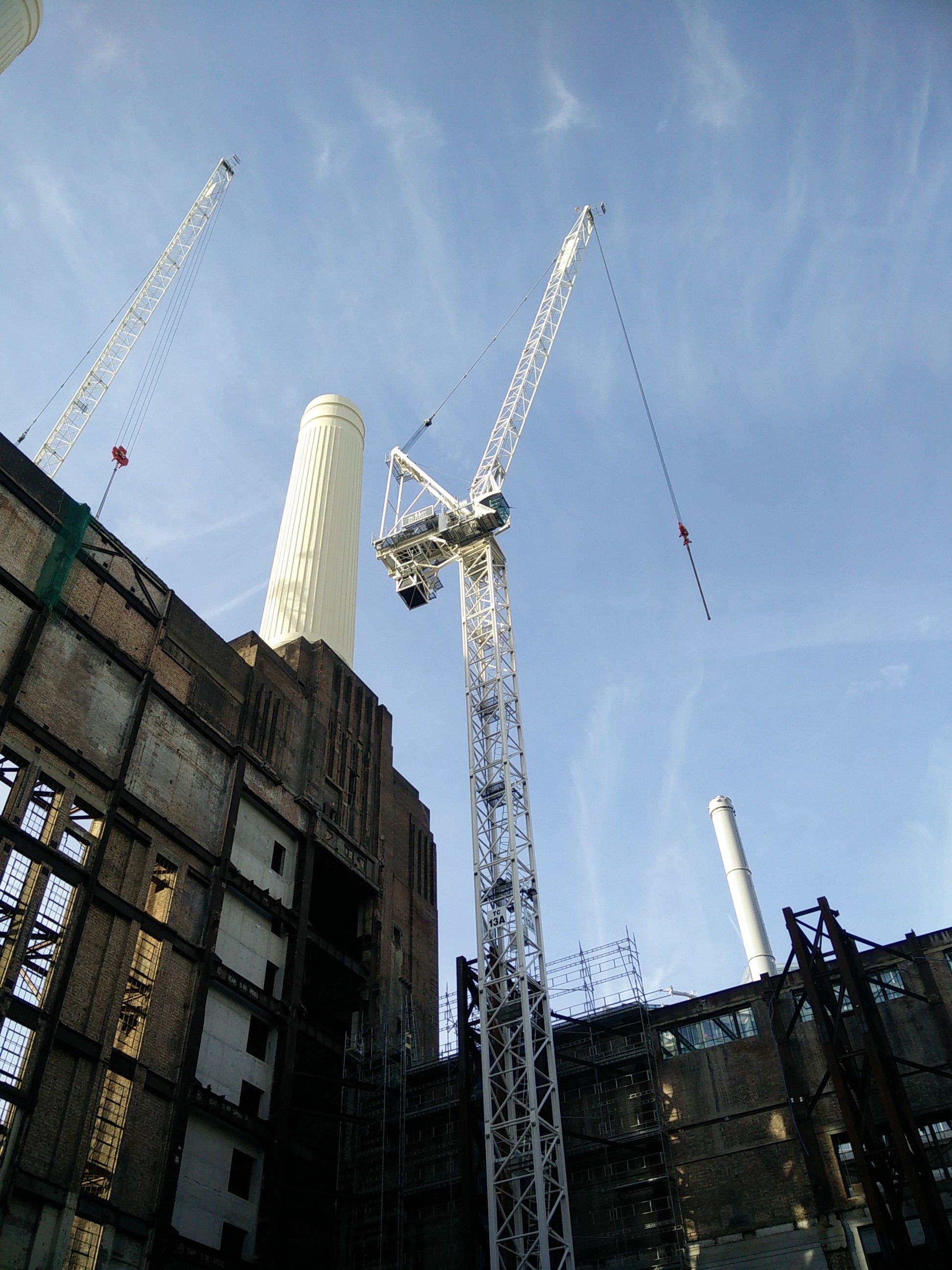 Tower crane foundations