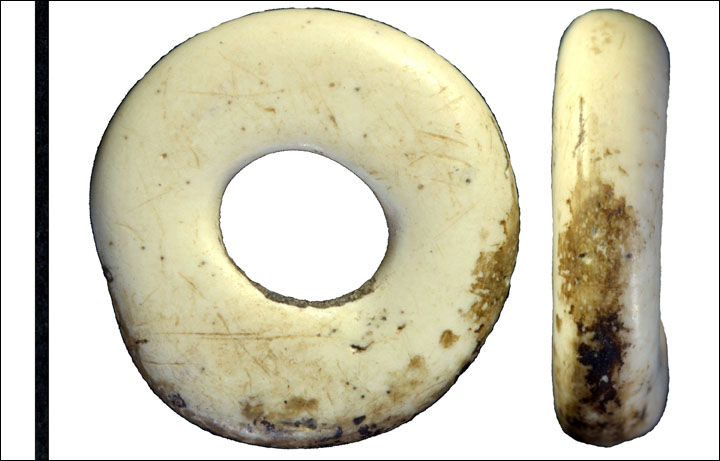 Beads made of ostrich eggs shell.