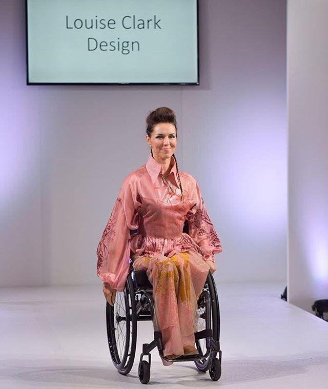 Catwalk pictures from @fashionsfinestuk featuring @samabullock ✨💕 Photography by @bartosz_chomiak_  #fashionsfinestuk #lfw18 #fashion #vogue #textiles #printdesign #london #ffs19lfw