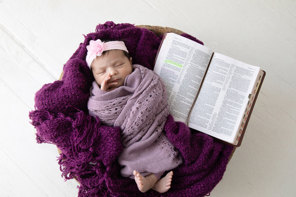 houston newborn photography baby sleeping next to bible verse