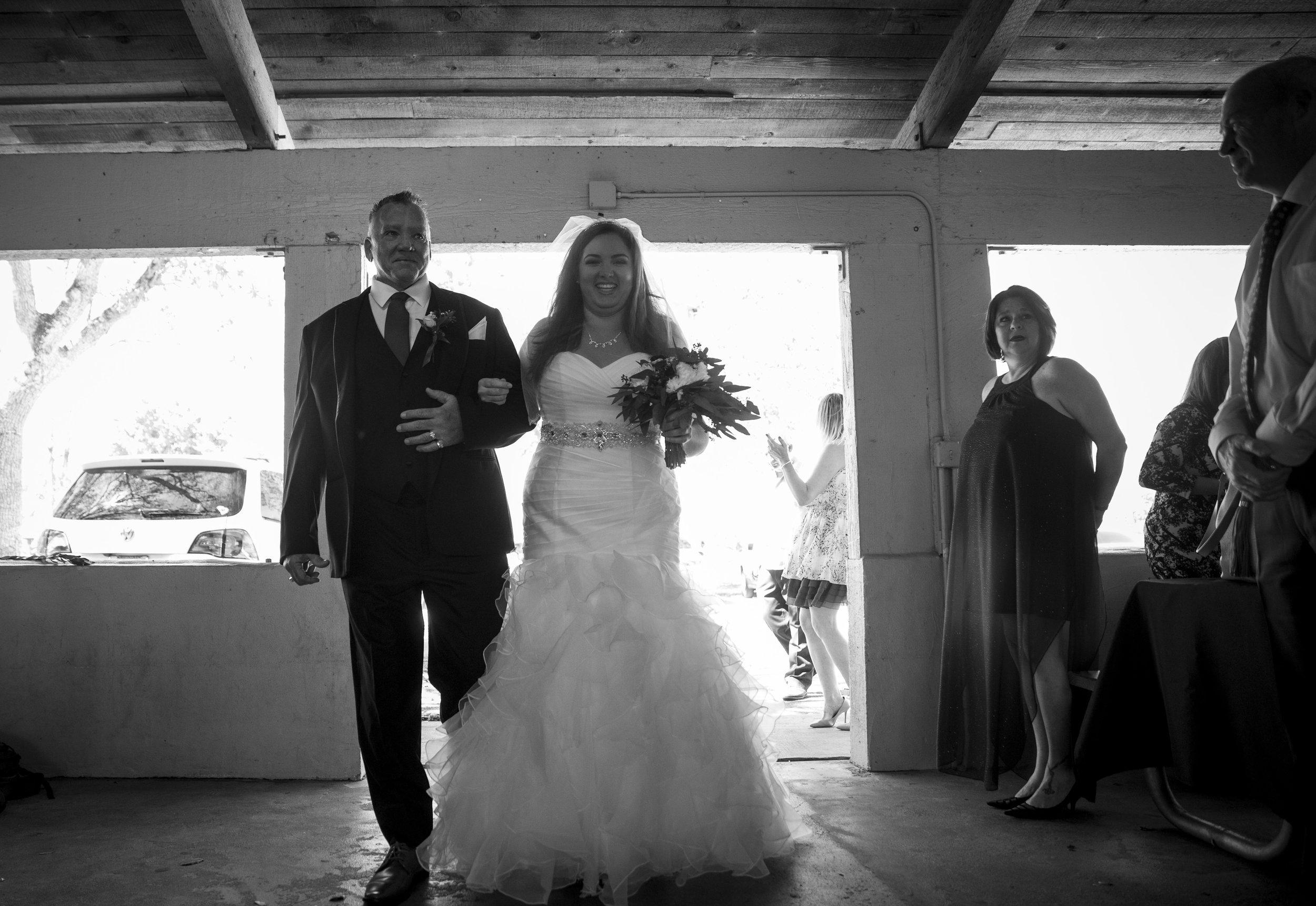 outdoor-rustic-wedding-cbsmith-park-sl-425.jpg