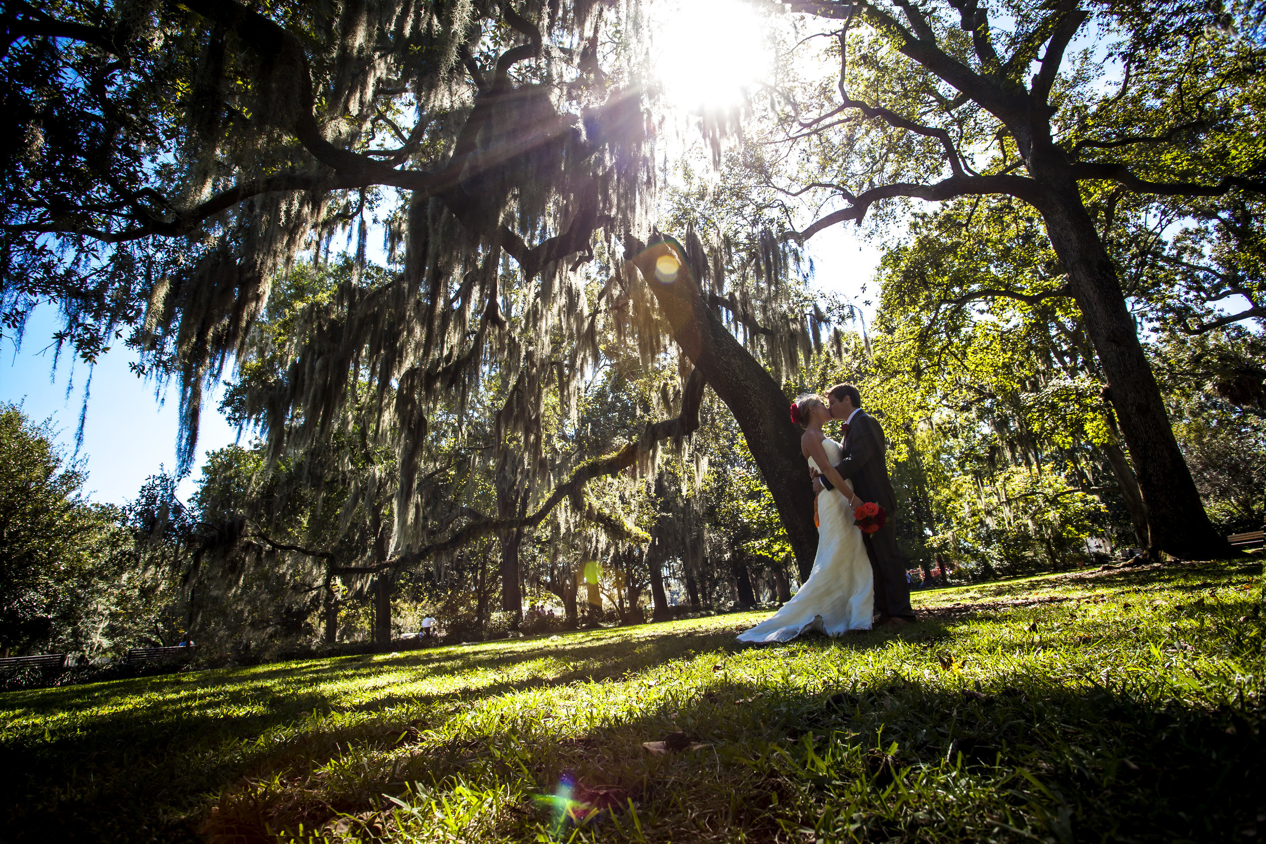 Savannah-photographer-elopement-forsyth-park (70).jpg