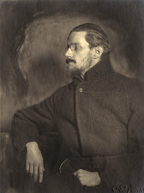 James Joyce circa 1918 looking like every Dublin hipster.