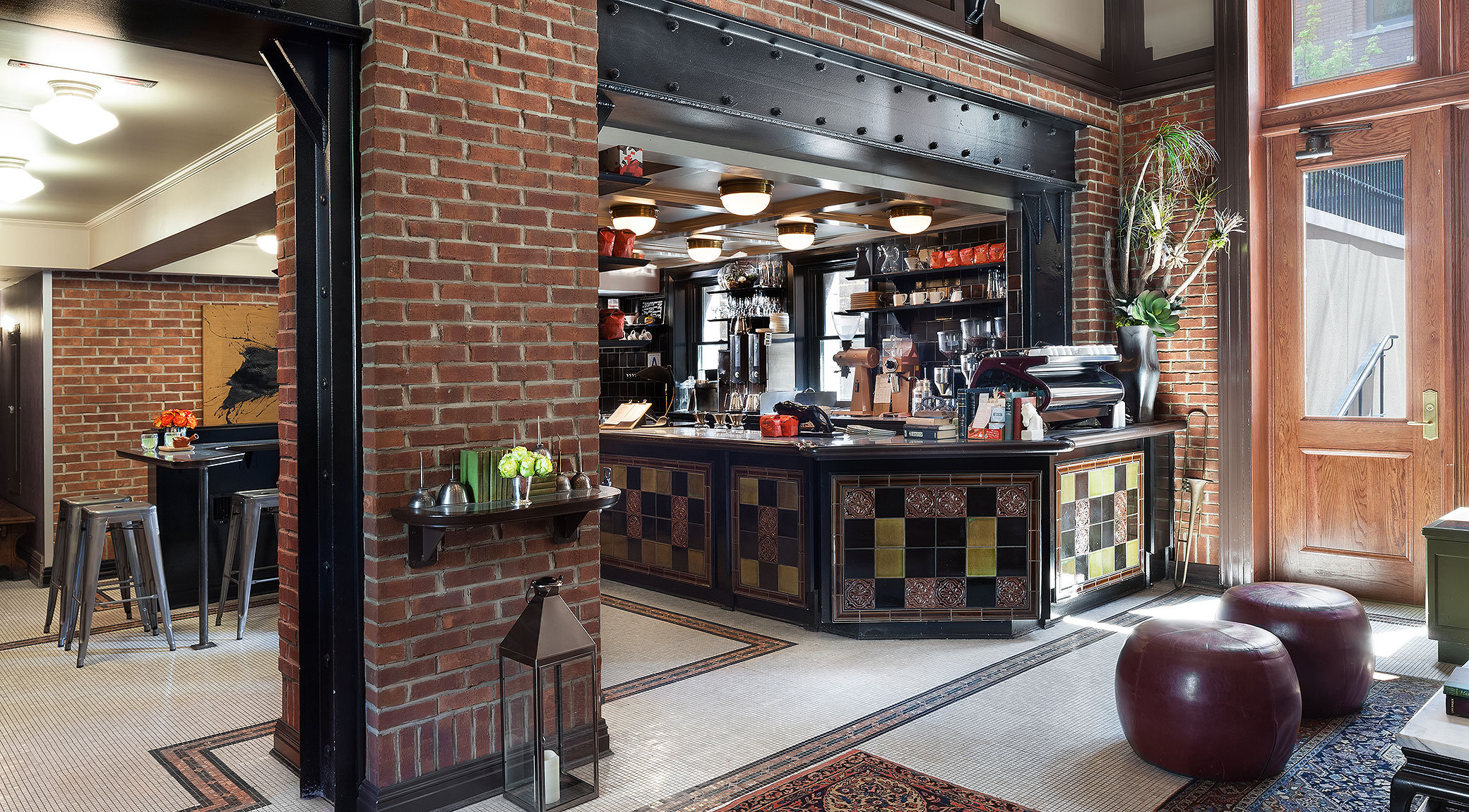 427.Intelligentsia-Coffe-at-High-Line-Hotel-NYC-Melting-Butter-Cafe-Hotspot2.jpg