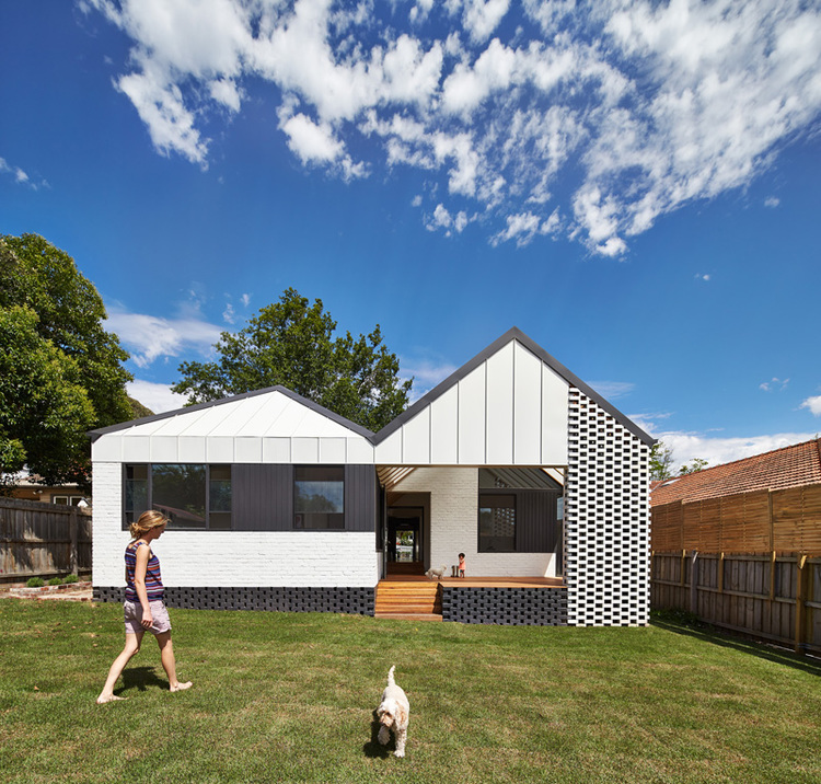 Hip and Gable (image courtesy of Architecture Architecture)
