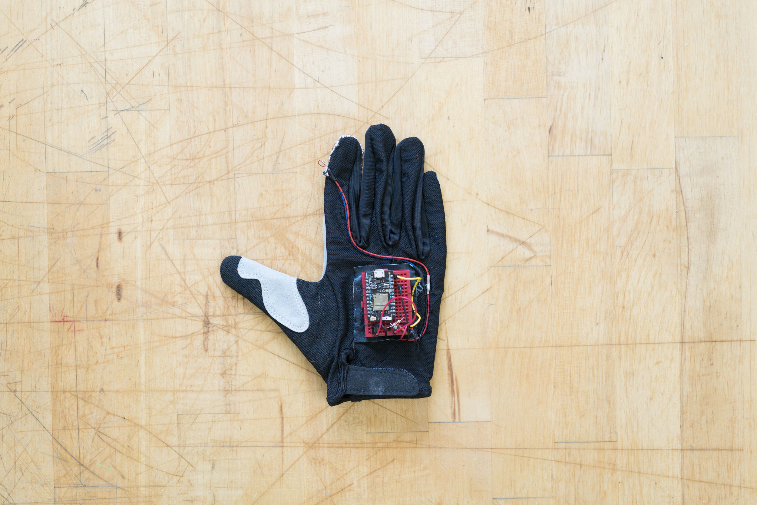 Drafter— Haptic Feedback gloves for AR & VR   physical prototyping