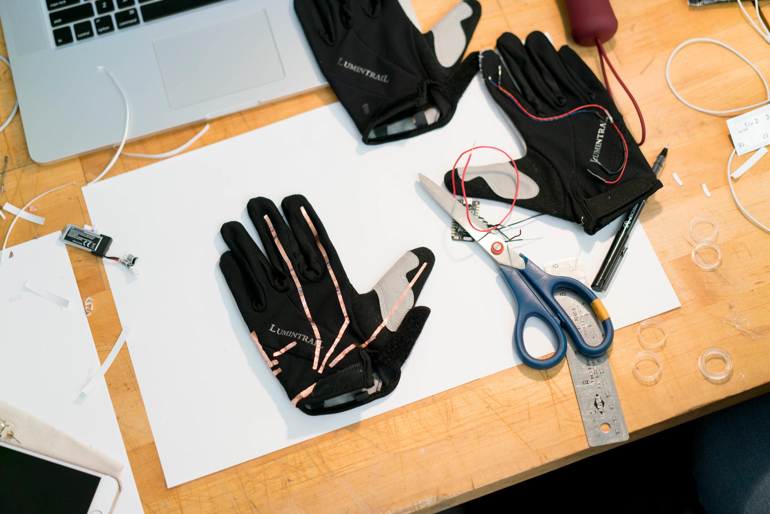 gloves-9.jpg