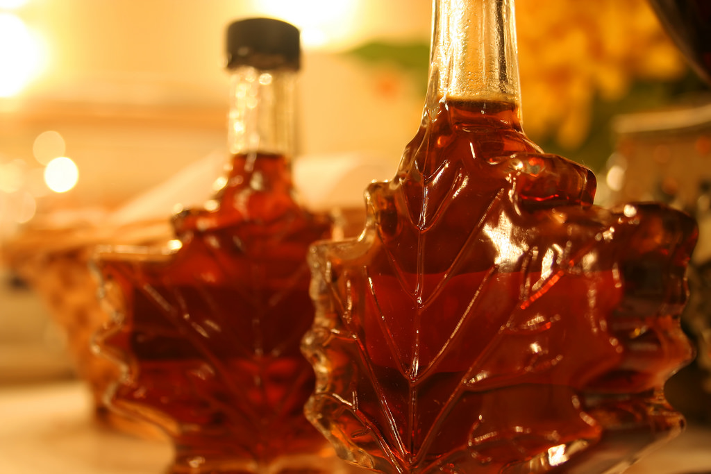 FYI A Canadian will show no mercy when confronted by Mayple Syrup Haters - Cultural Etiquette in Canada